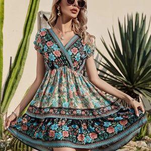 Boho floral print v neck dress